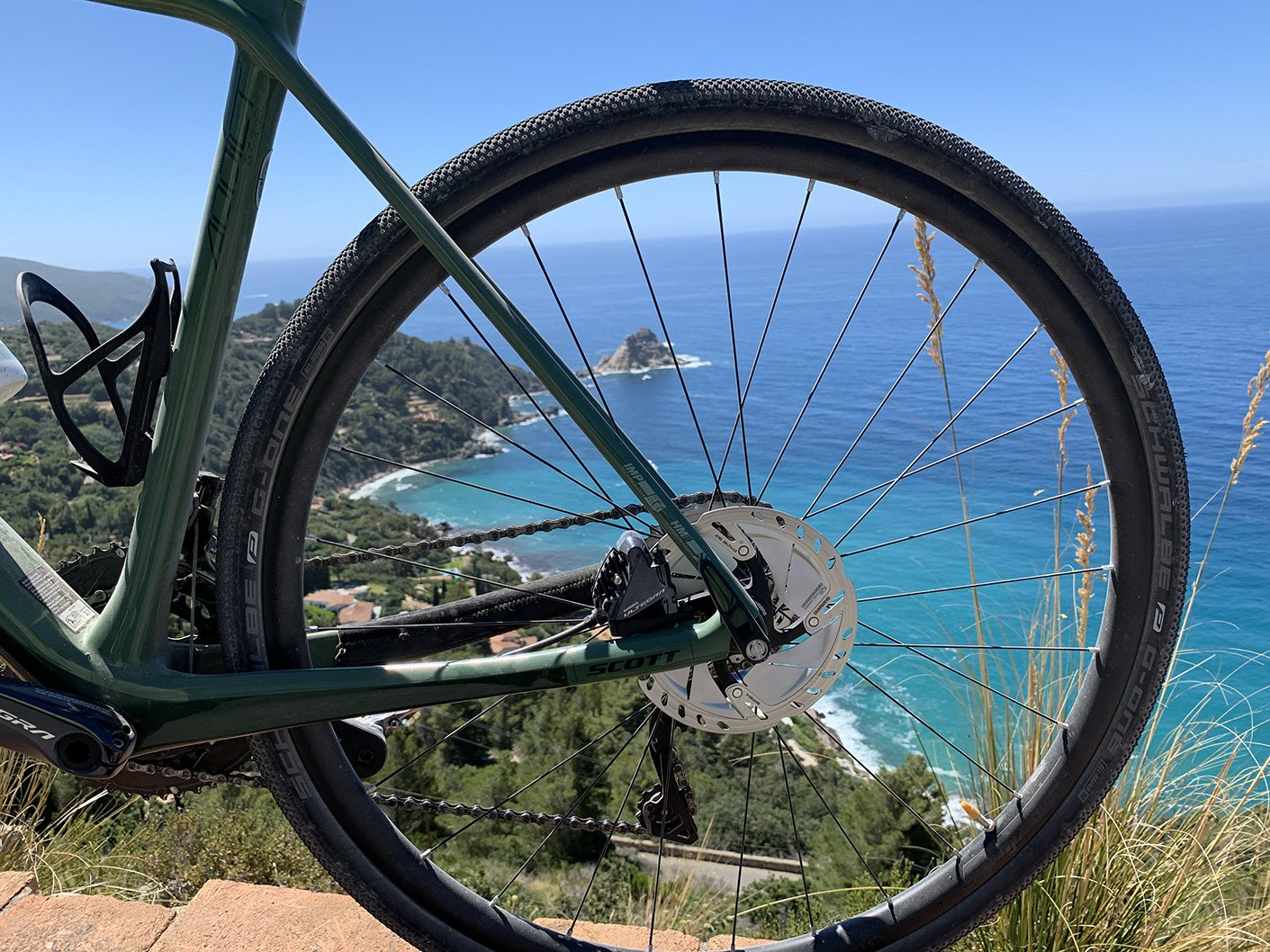 Rent gravel bike Siena