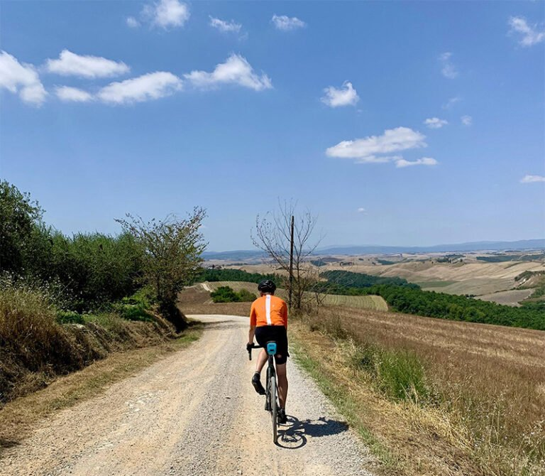 Gita con bicicletta gravel